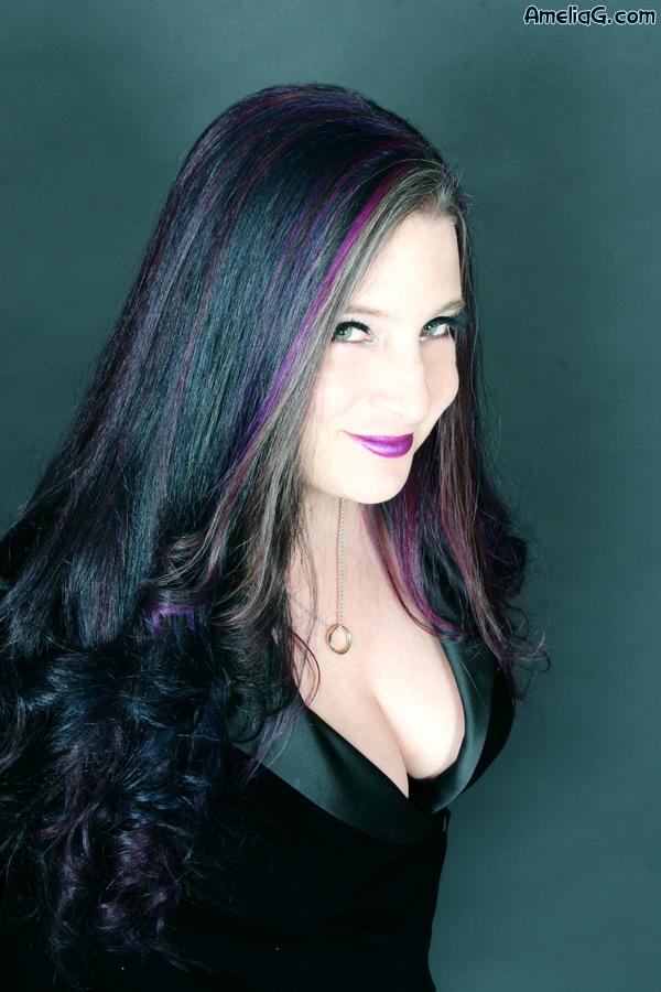writer amelia g
