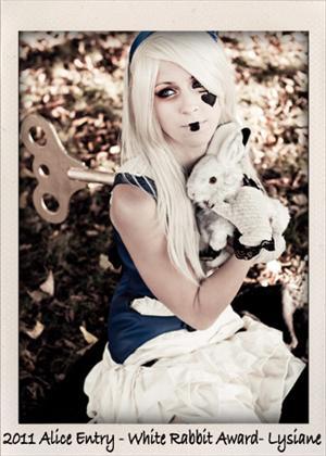Alice in Wonderland Costume Contest