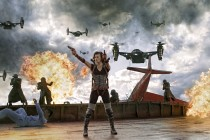 Resident Evil Retribution Movie Milla Jovovich as Alice with Guns