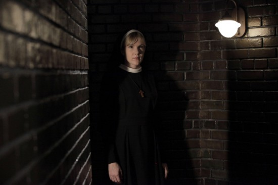 American Horror Story Season 2-Episode 3 Noreaster