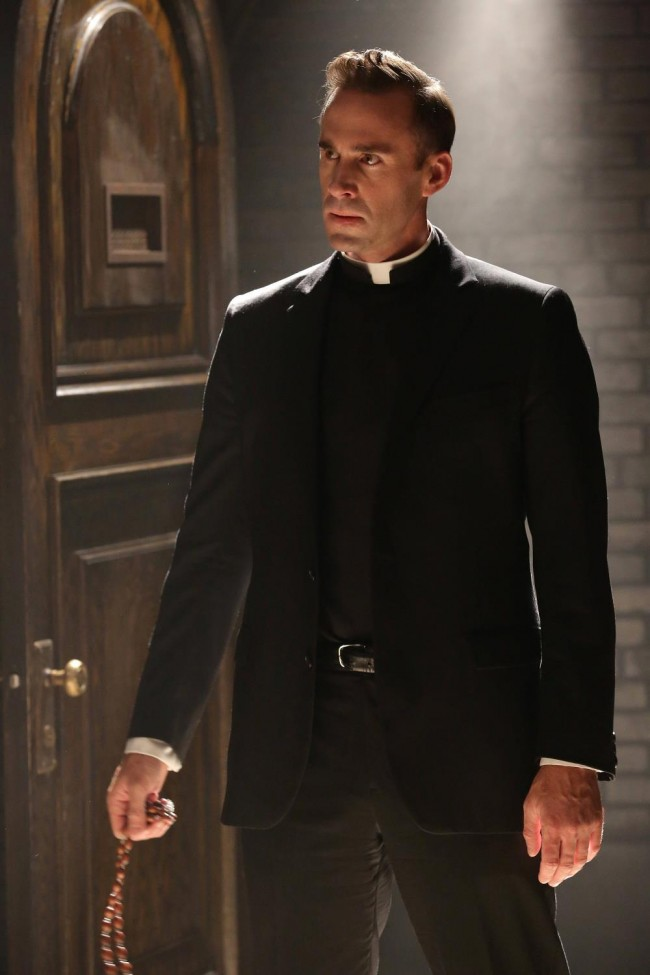 american-horror-story-19