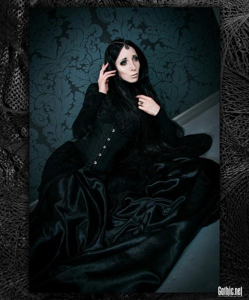 Melancholy Goth RazorCandi